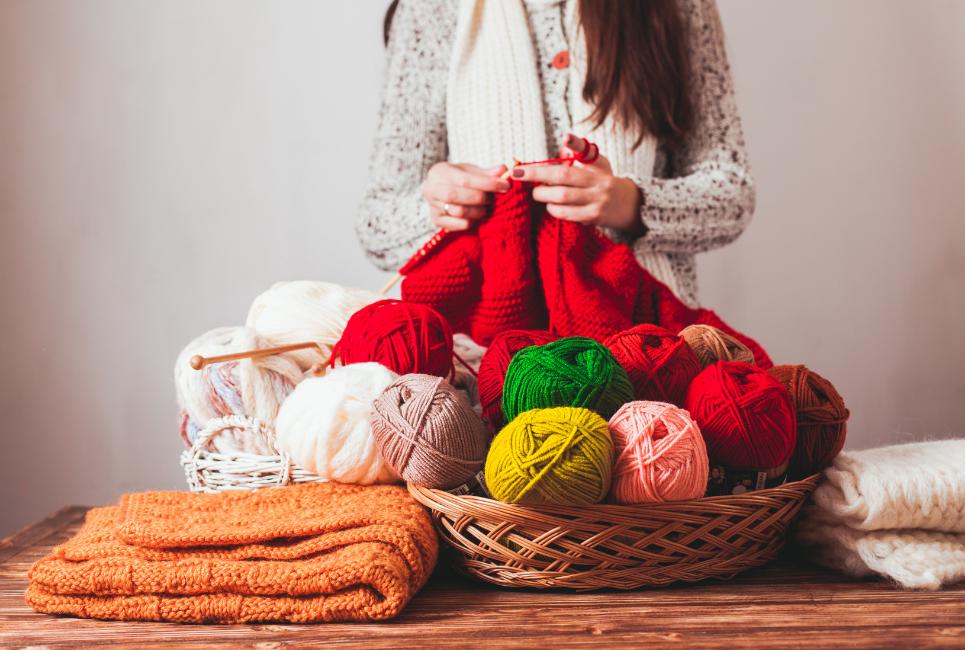 Knit Stitch vs Purl Stitch